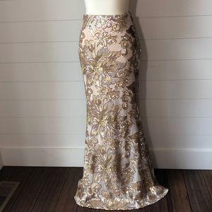 🆕 Badgley Mischka Sequined long formal skirt